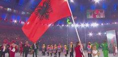 Bandiera dell'Albania alle Olimpiadi invernali