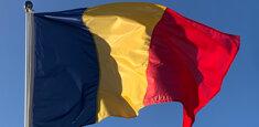 Bandiera della Romania a pennone