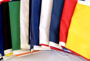10 bandiere internazionali a scelta